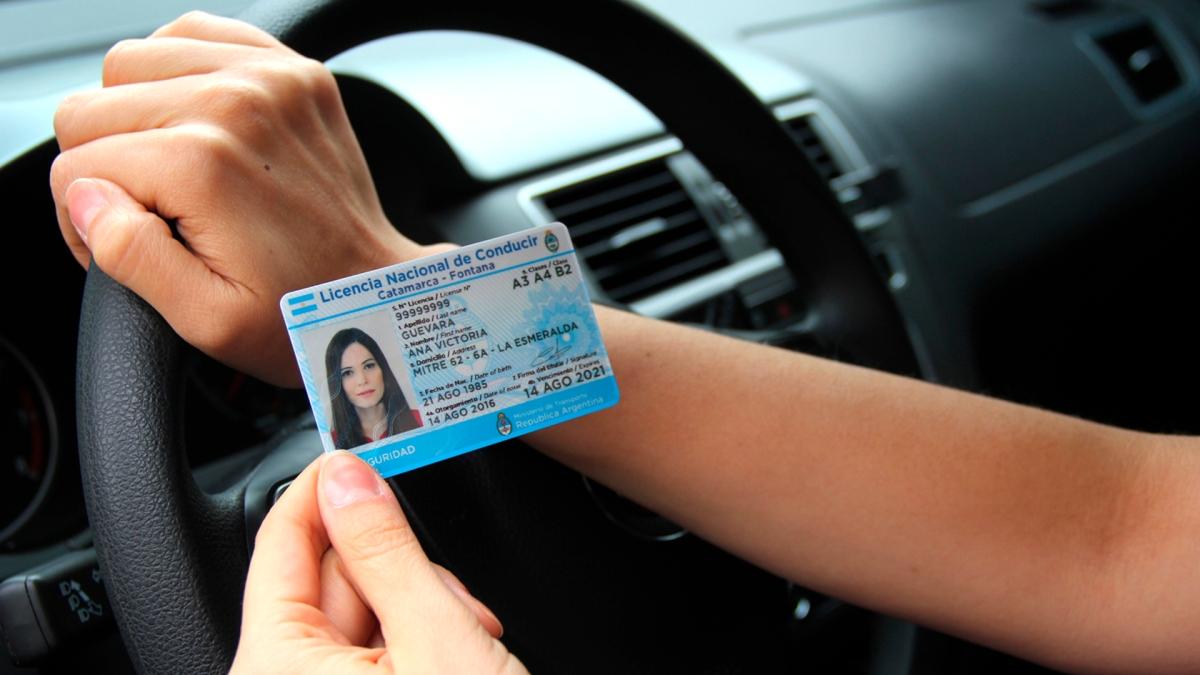 Las licencias de conducir que vencen en el 2022 serán prorrogadas por dos años por CABA.